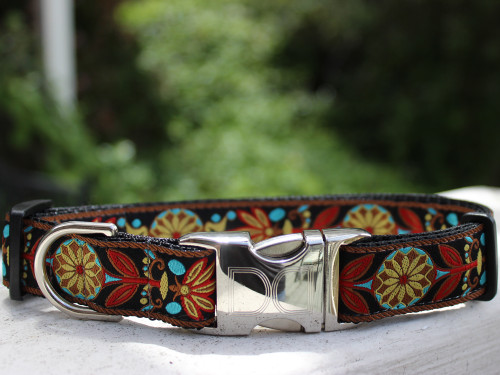 Parisian Deco dog collar by www.diva-dog.com