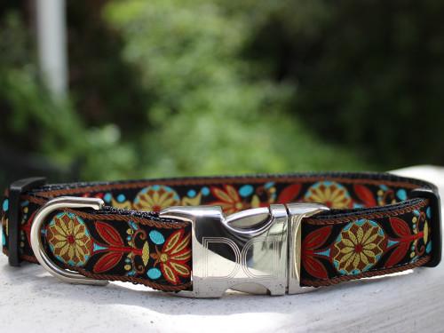 Parisian Deco dog collar by www.diva-dog.com