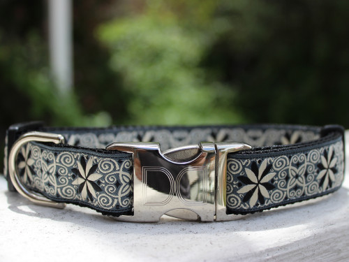 Norway Winter dog collar by www.diva-dog.com