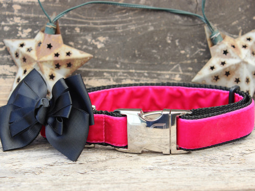Marilyn pink velvet dog collar by www.diva-dog.com