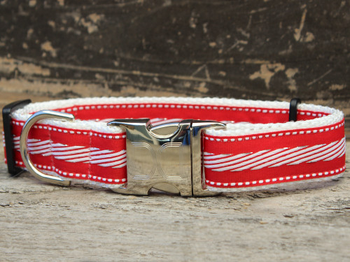 Candy Cane Lane dog collar by www.diva-dog.com