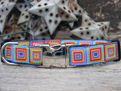 Squares dog collar by www.diva-dog.com