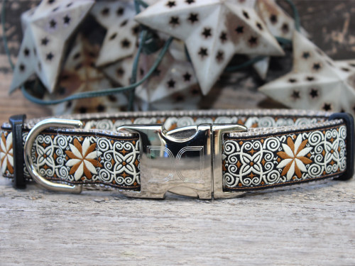 Zanzibar market dog collar by www.diva-dog.com