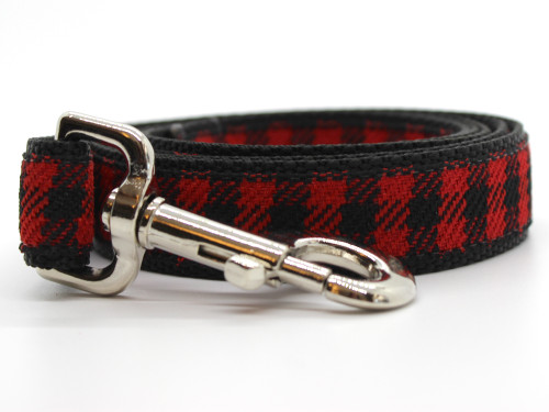 Buffalo Plaid Sierra Red dog leash by www.diva-dog.com