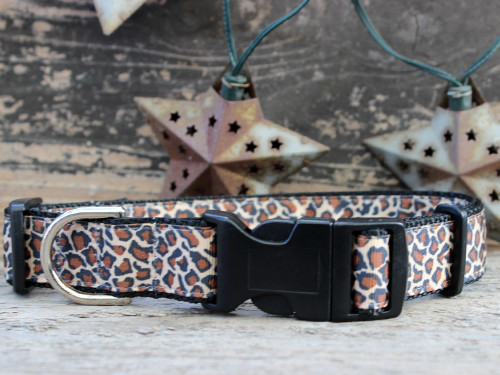Leaping Leopard dog collar with sport buckle by www.diva-dog.com