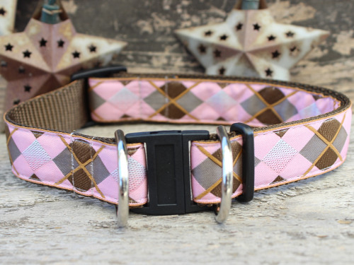 Argyle safety collar with breakaway buckle by www.diva-dog.com