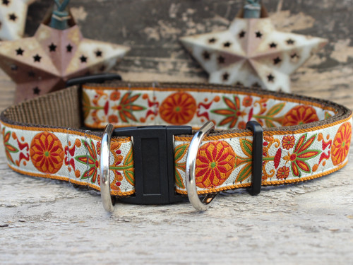 Venice ivory dog collar with breakaway safety buckle by www.diva-dog.com