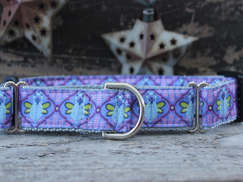Queen Bee Blue Berry Pie medium martingale dog collar by www.diva-dog.com