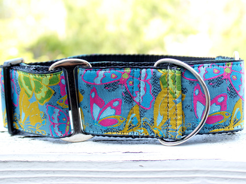 Butterfly Garden wide martingale by www.diva-dog.com