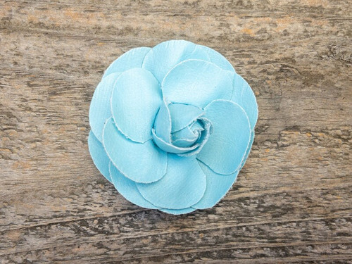 Coco Blue removable collar flower by www.diva-dog.com