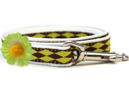 Gerber Daisy Green Dog Leash - by Diva-Dog.com