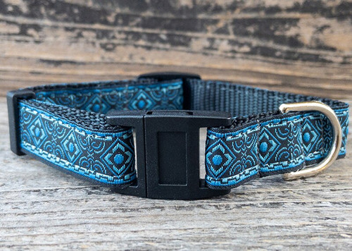 Tudor Tabby breakaway cat collar by Surf Cat and www.diva-dog.com
