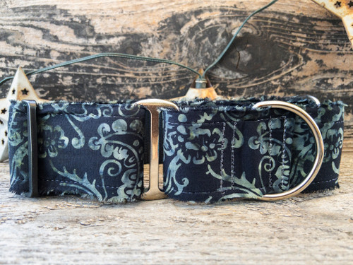 Lava Beach wide martingale by www.diva-dog.com