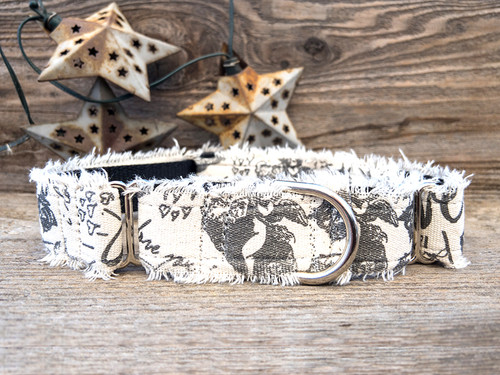 Love Letters medium width martingale by www.diva-dog.com