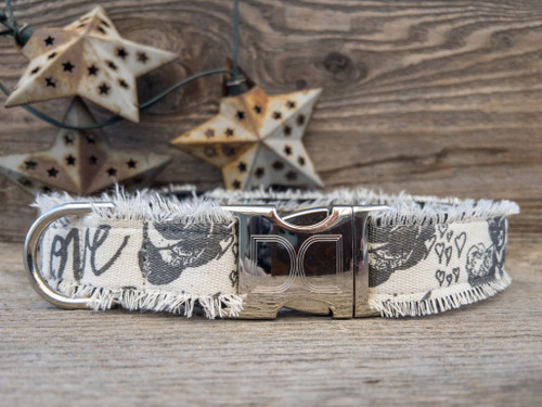Love Letters dog collar by www.diva-dog.com