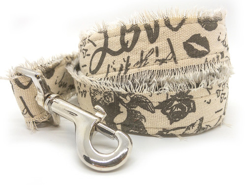 Love Letters dog leash by www.diva-dog.com