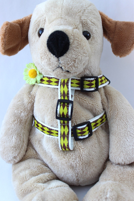 Gerber Daisy Green Step-In Harness - by Diva-Dog.com  - Front View