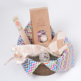 Natural Gift Basket for Cats: Felted Wool Cat Balls and Organic Catnip Cat Toys. Unique gift for birthdays, gotcha anniversaries, hostess.