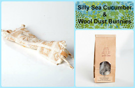 Eco friendly gift bag for cats.  Includes organic catnip kicker and wool cat balls.  Natural and organic cat toys, made in the USA. Plastic free!