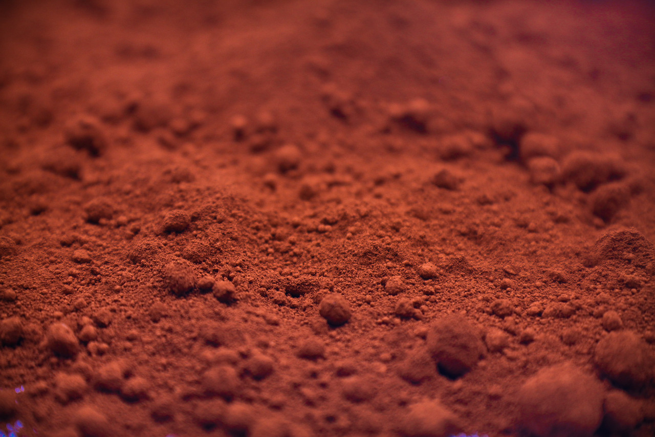 Red Iron Oxide-Yellow Shade