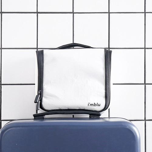 Toiletry Bag  Packing Cube (Medium) - Dupont Tyvek