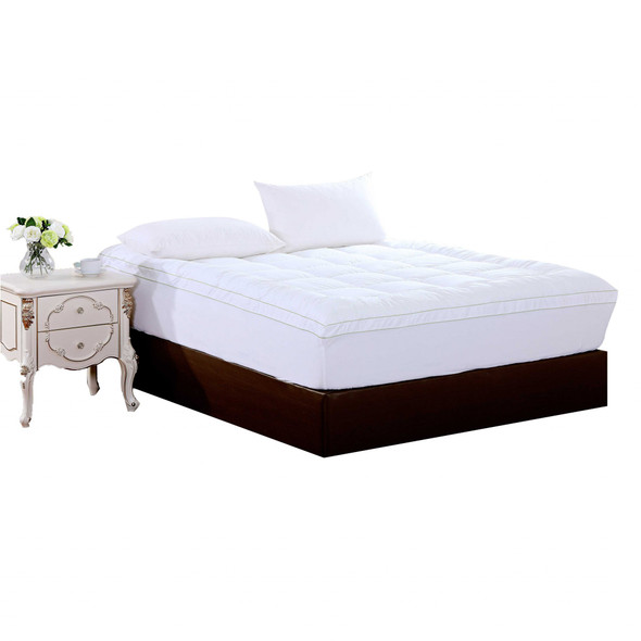 "17"" Square Quilted Accent Queen Piping Mattress Pad With Fitted Cover"
