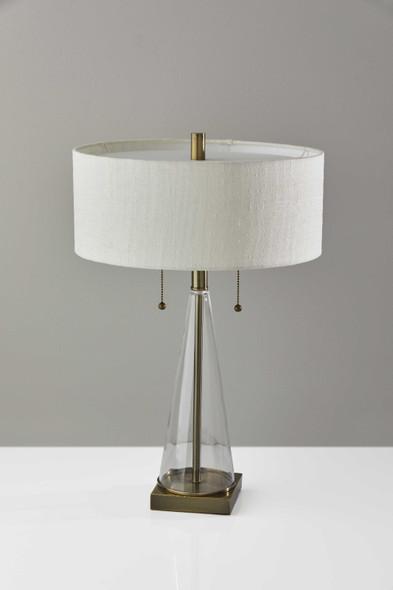 "15"" X 15"" X 23"" Brass Metal/Glas Table Lamp"