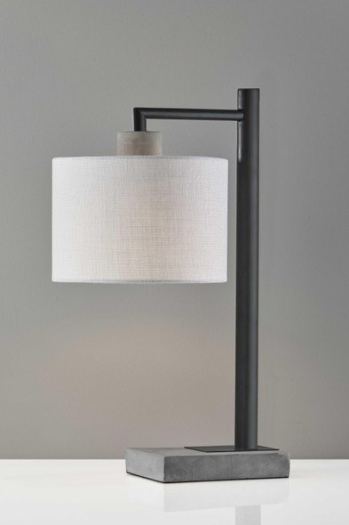 "10"" X 13.25"" X 22.5"" Black Metal Table Lamp"