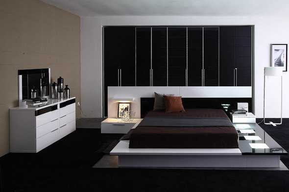 """34"""" Lacquer MDF Platform Queen Bed"""