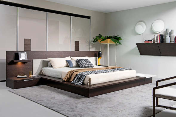 "34"" Brown Oak and Grey Veneer Platfrom Queen Bed with Lights"