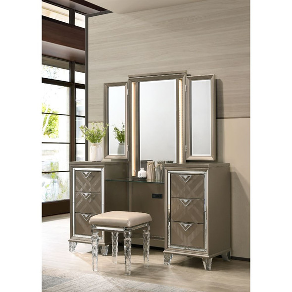 Skylar Vanity Desk