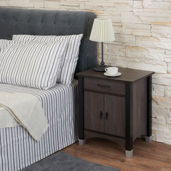 Calp Accent Table