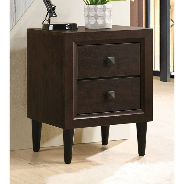 Oaklee Accent Table