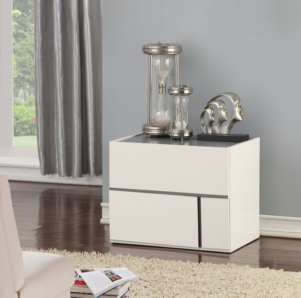 Kottow Accent Table