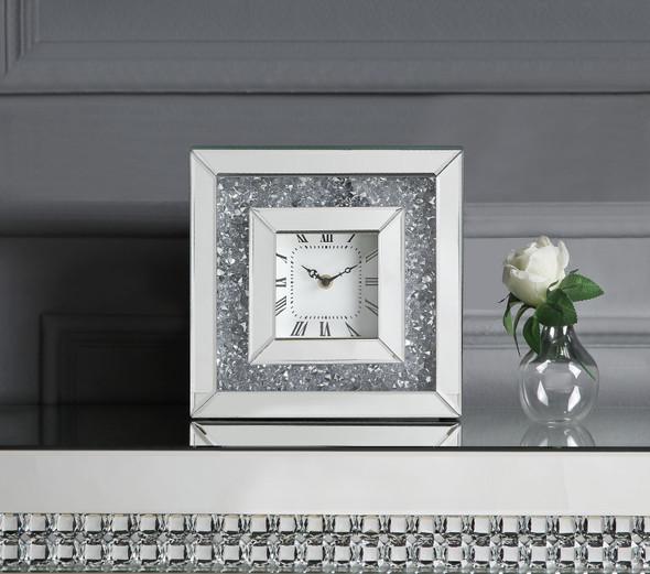 Noralie Accent Clock