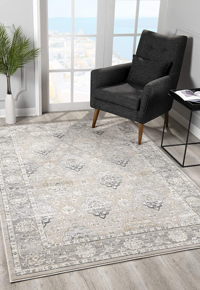 5 x 8 Cream and Gray Decorative Area Rug