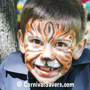 boy-with-tiger-facepainting-decoration.jpg