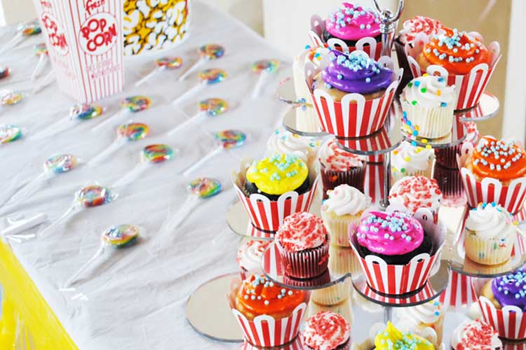 carnival-cupcakes-on-a-stand.jpg