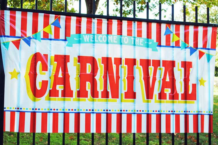 large-plastic-outdoor-carnival-sign.jpg