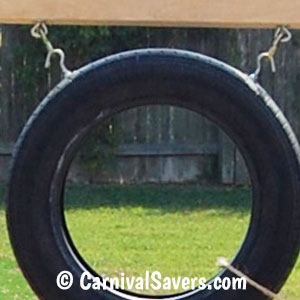 tire-attached-to-the-frame-closeup.jpg