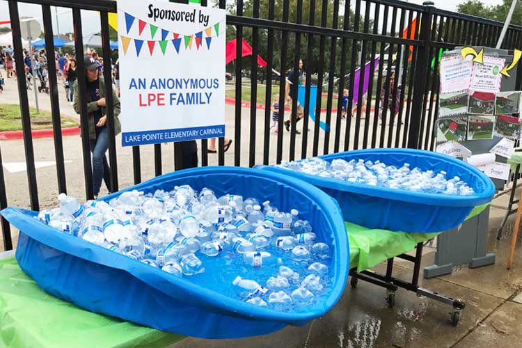 Toddler Pools Used as Cold Drink Coolers