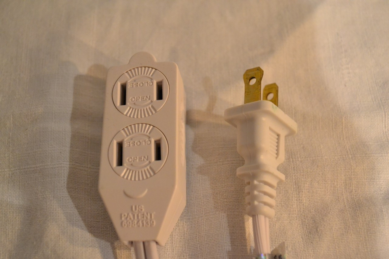 Extension Cord, 12 Foot White, with Twist-Covers