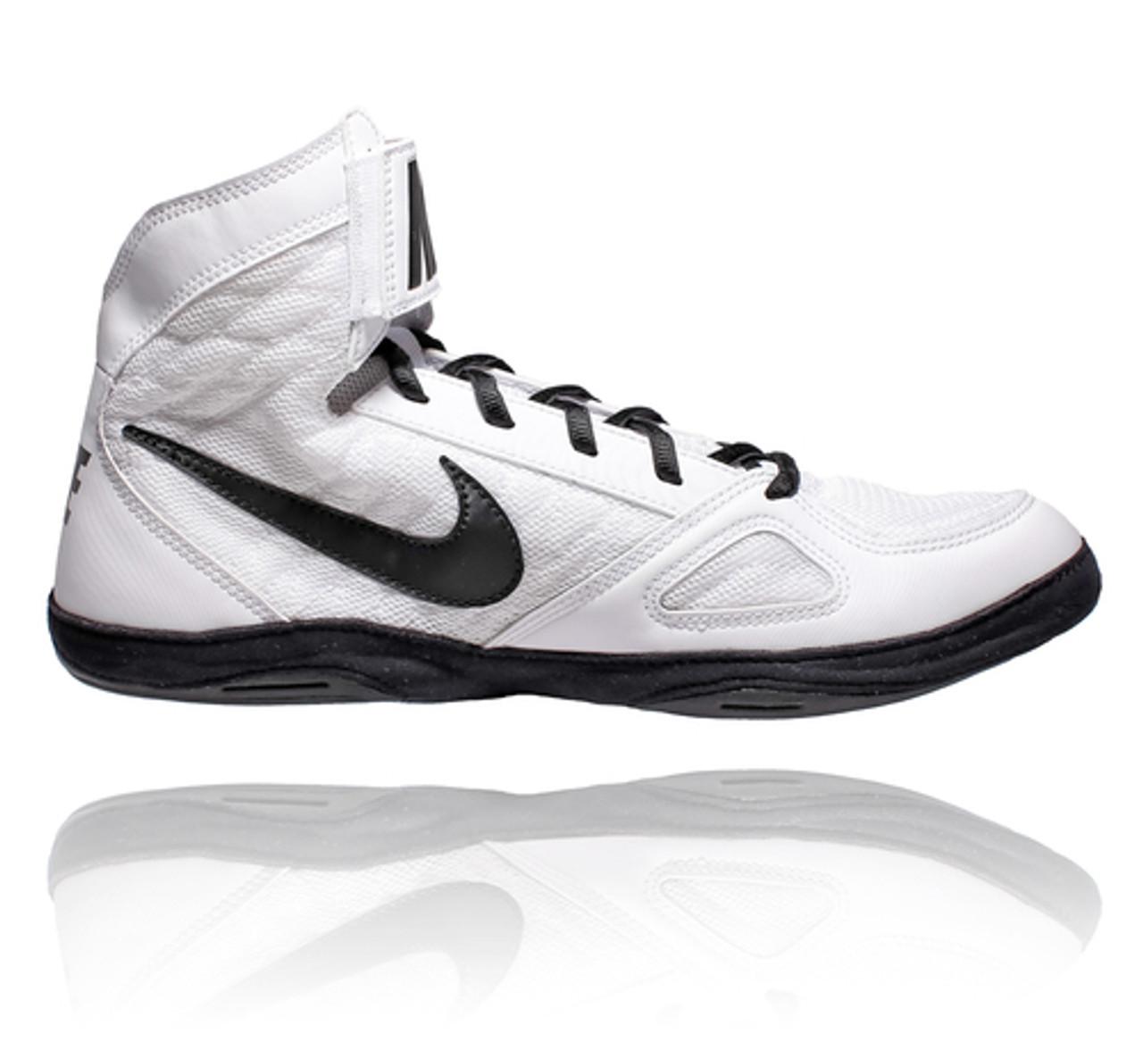 Nike Takedown 4 White / Black