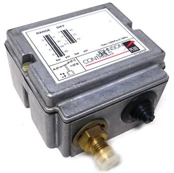 JOHNSON CONTROLS P77AAA-9300 PRESSURE CONTROL 50-700KPA 16AMP 380VA
