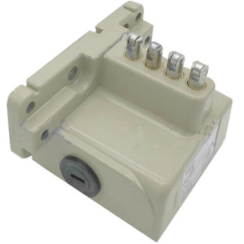 OMRON VB-4241 MULTIPLE LIMIT SWITCH. 4 ROLLER PLUNGERS, WITHOUT FLANGE, 10A, FOUR CONDUIT ENTRY