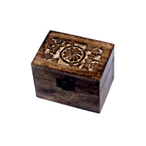 Small Essential Oils Box - Holds 6 Bottles