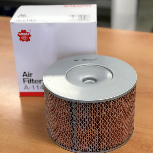 A-1143 Sakura Air Filter; Replaces 17801-67030; 17801-67060; A1350; FA1143; WA1017; P500125; 17801-67080