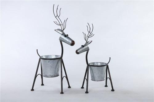 Large Galvanized Deer Pot w/Legs