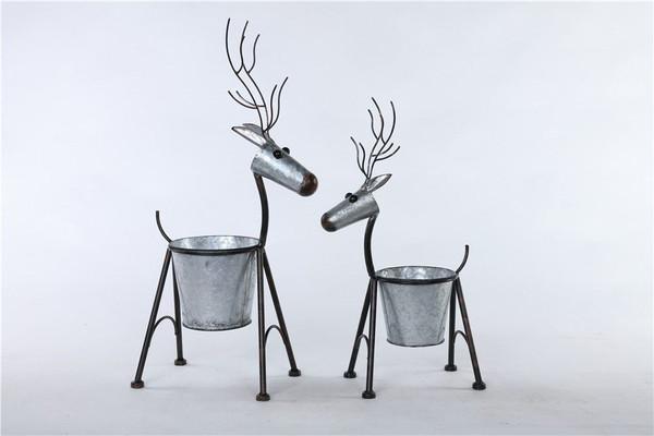 Small Galvanized Deer Pot w/Legs