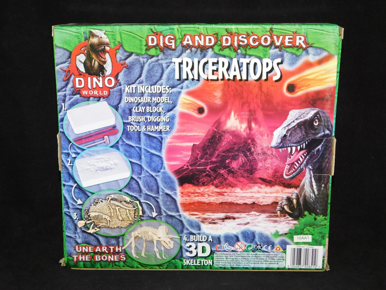 Dig and Discover Triceratops Kit